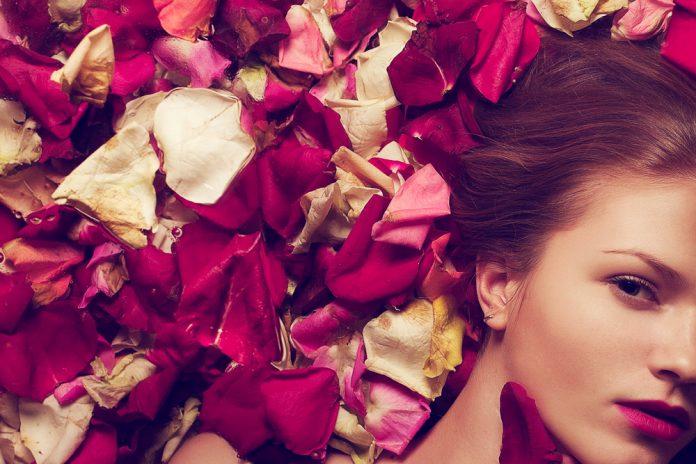 Rose nobili proprietà cosmetiche